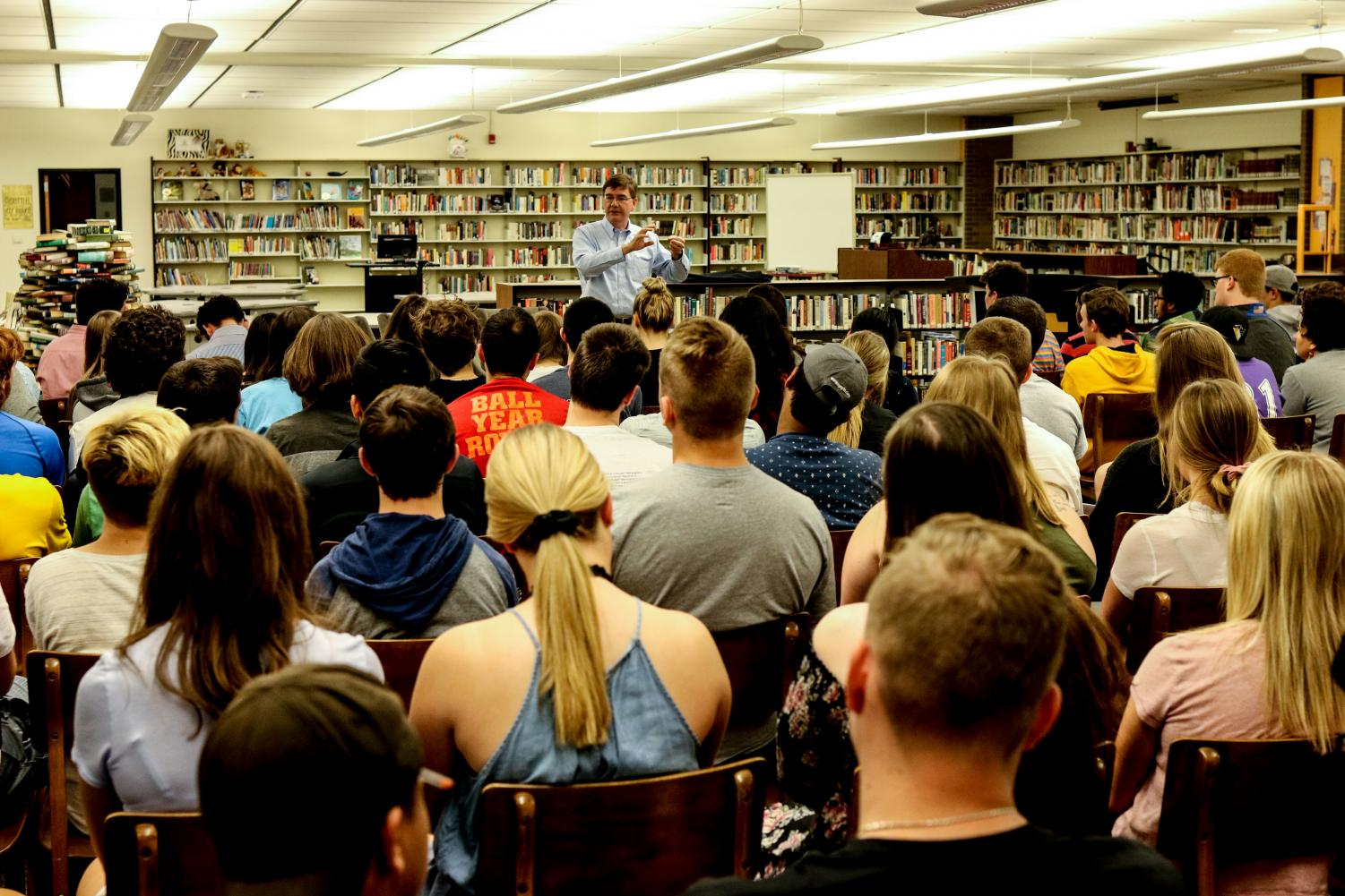 Juniors and seniors filled the NASH library to have a conversation with their local Congressman.