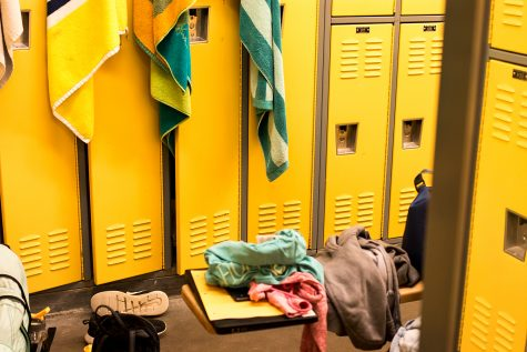 Locker room thefts draw the concern of administration
