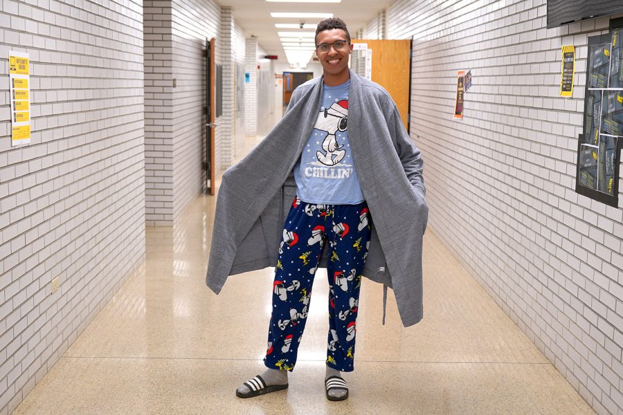 Monday%3A+Pajama+Day%3Cbr%3E%3Cbr%3EJames+Huber%27s+outfit+makes+sleeping+in+class+even+easier.+