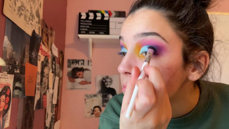 How To: The Colorful Eye Look