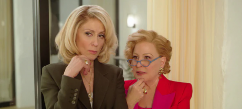 Many celebrities were added to the cast this season, including Judith Light and Bette Midler.
