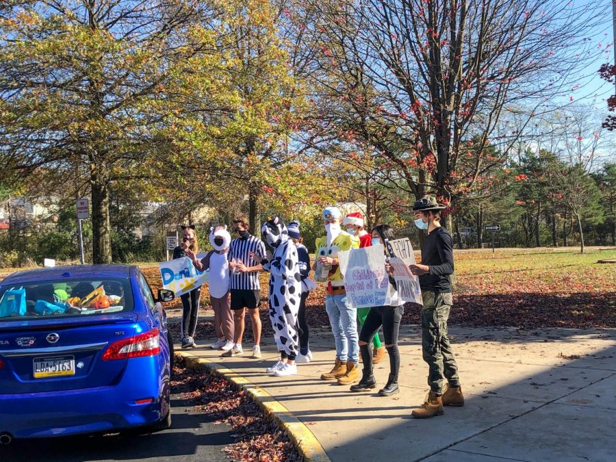 TigerThon hosted a drive-thru trick or treat fundraiser on the NASH campus last Saturday.