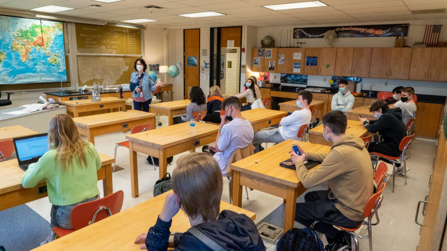 Ms. Schmiech teaches her 2nd period Honors Meteorology class on Monday. Full classrooms are now the standard at NASH, which can cause both excitement and anxiety.