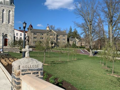 Touring a college campus is a key when trying to decide what school to go to. However, for the Class of 2021, things are a bit different this year.