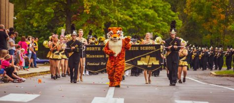 The beginning of the 2021 Homecoming Parade